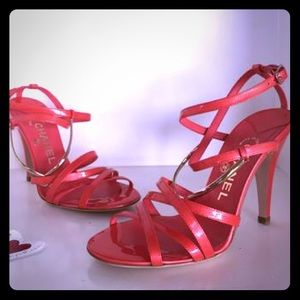 CHANEL Coral Patent Leather Runway Sandals